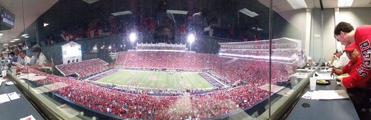 Ole Miss vs. Vanderbilt in Oxford, Mississippi, Saturday, September 26, 2015. Photograph by Newt Rayburn